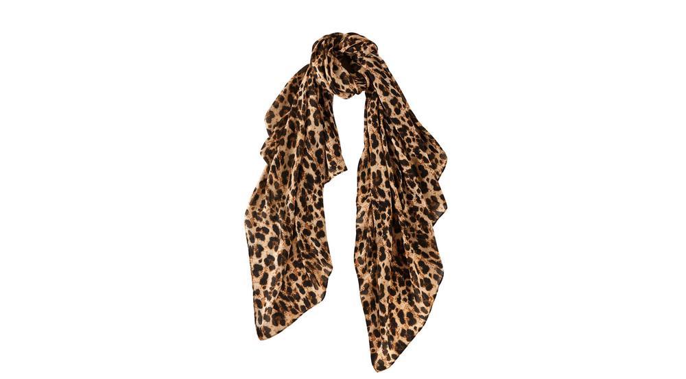 Ein Schal der Lidl Esmara Kollektion by Heidi Klum