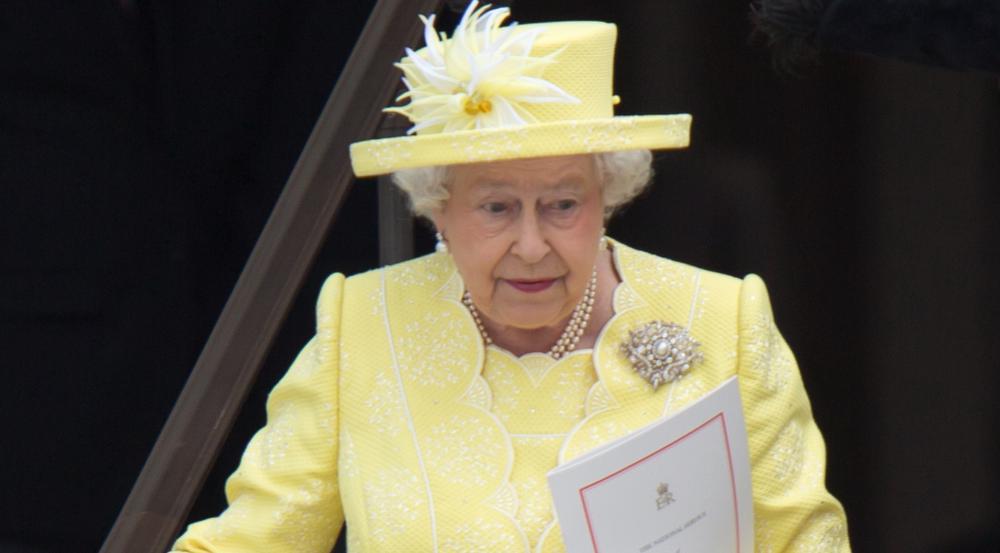 Steigt Queen Elizabeth II doch früher als erwartet von ihrem Thron?