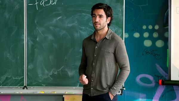 Elyas M'Barek schlüpft ein letztes Mal in die Rolle des Zeki Müller