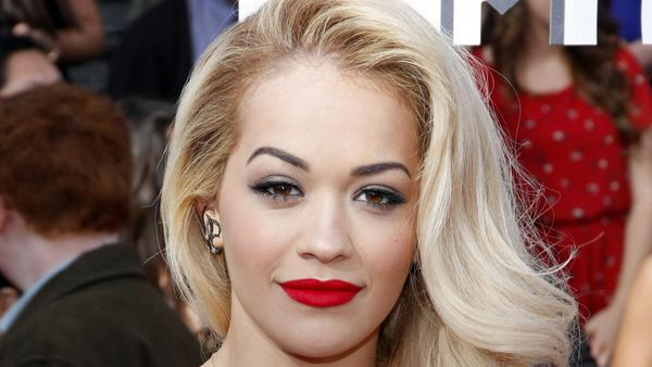 rita ora kommt auch nicht berall rein. Black Bedroom Furniture Sets. Home Design Ideas