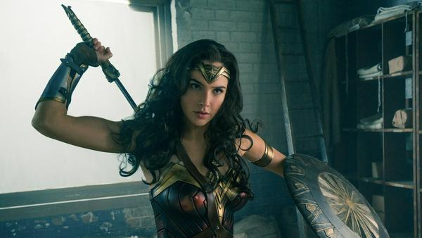 """""""Wonder Woman"""" bleibt fest in Frauenhand"""