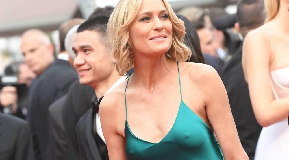 Robin Wright zeigte sich in Cannes ohne BH