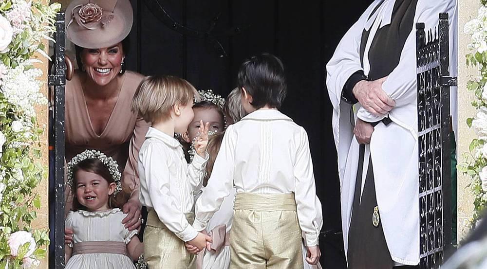 Prinzessin Charlotte und Herzogin Kate (l.) kurz vor der Hochzeit von Pippa Middleton