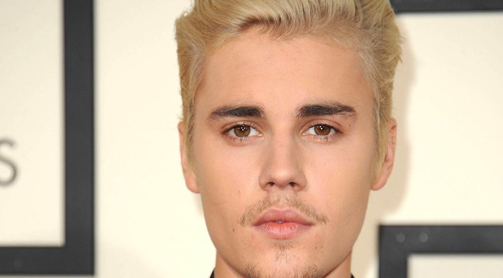 Justin Bieber teilt warme Worte aus