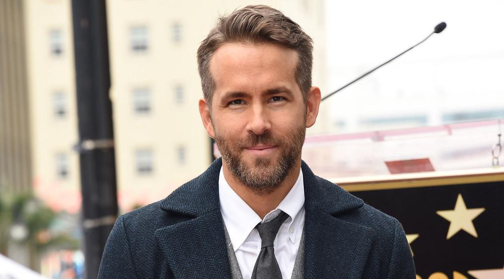 Ryan Reynolds hat einen Stern auf dem Hollywood Walk of Fame
