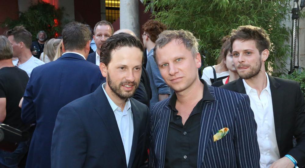 Robert Stadlober (re.) und Franz Dinda am Dienstag in München - sie werden in der neuen Serie