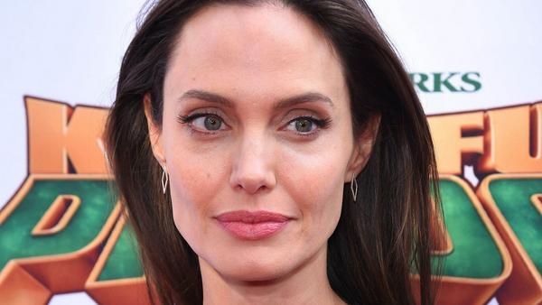 Schauspielerin Angelina Jolie ist ein echter Profi auf dem roten Teppich