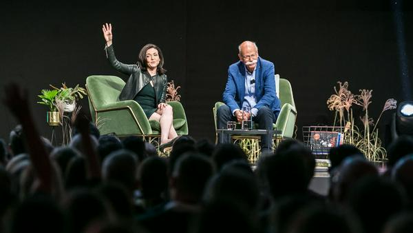 """""""me convention"""": Facebook-Chefin Sheryl Sandberg im Gespräch mit Dieter Zetsche"""