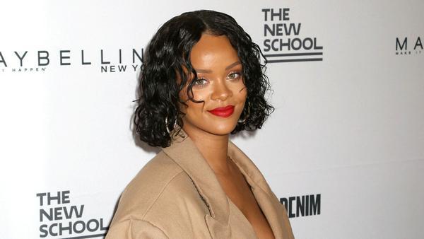 Sängerin Rihanna gelingt zurzeit eine Überraschung nach der nächsten