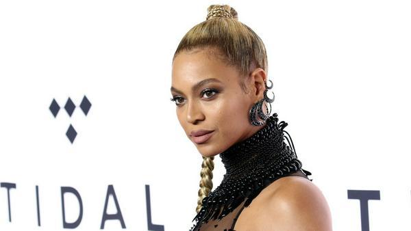 Beyoncé kehrt nach der Geburt ihrer Zwillinge für einen guten Zweck auf die Bühne zurück