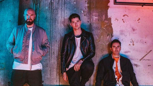 Marc Sheehan, Danny O'Donoghue und Glen Power (v.l.n.r.) sehen ihr neues Album als sozialen Kommentar auf die Unruhen in der Welt