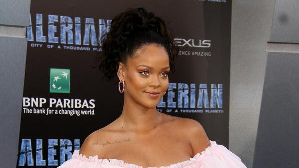 Erfolgreiche Sängerin, Designerin und Beauty-Vorbild: Rihanna