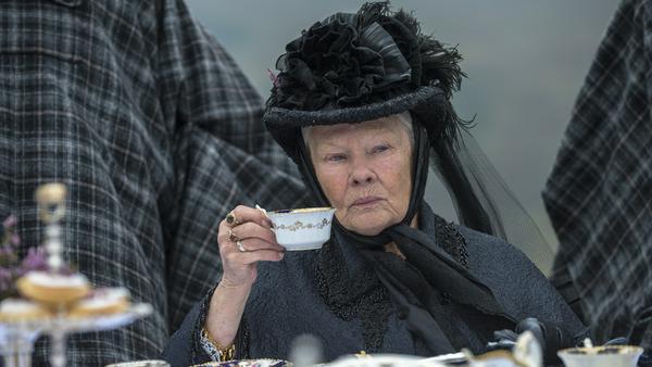 "Judi Dench als Königin Victoria in ""Victoria & Abdul"""