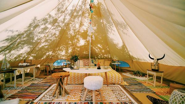 Glampen statt campen! Die Deluxe-Variante des Outdoor-Erlebnisses wird immer beliebter