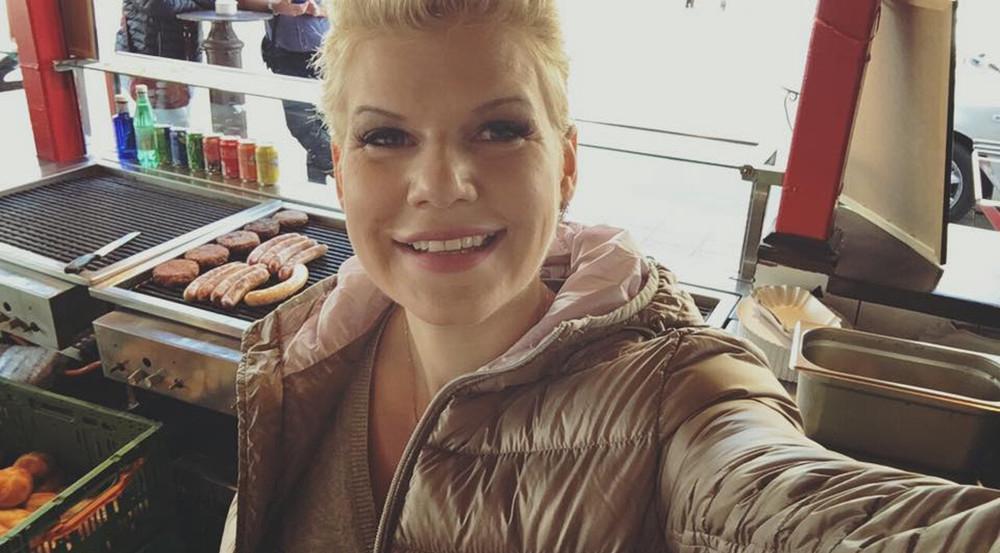 Melanie Müller hat jetzt ihre eigene Grillbude auf Mallorca