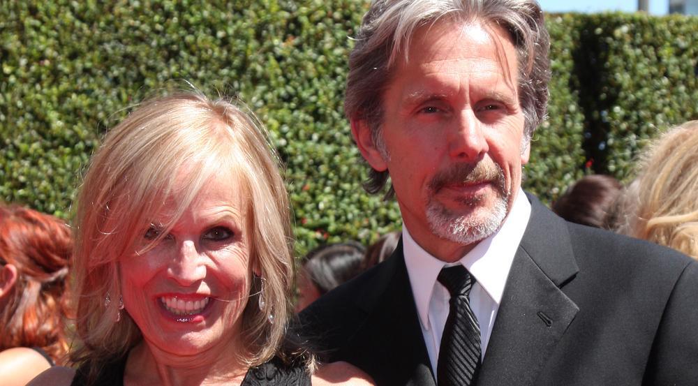 2014 traten Gary Cole und seine Frau noch gemeinsam auf dem roten Teppich auf, Anfang 2015 sollen sie sich getrennt haben