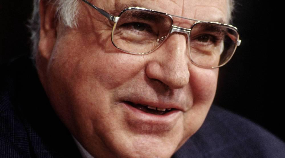 So wie auf diesem Bild aus dem Jahr 1993 werden viele Altkanzler Helmut Kohl in Erinnerung behalten