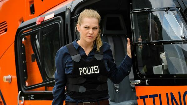 """""""Helen Dorn: Bis zum Anschlag"""": Helen Dorn (Anna Loos) sucht den Mörder einer jungen Kollegin"""