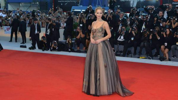 """Elegant und sexy: Jennifer Lawrence bei der Premiere ihres neuen Films """"Mother!"""""""