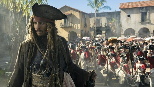 "Johnny Depp als Captain Jack Sparrow in der ""Fluch der Karibik""-Reihe"