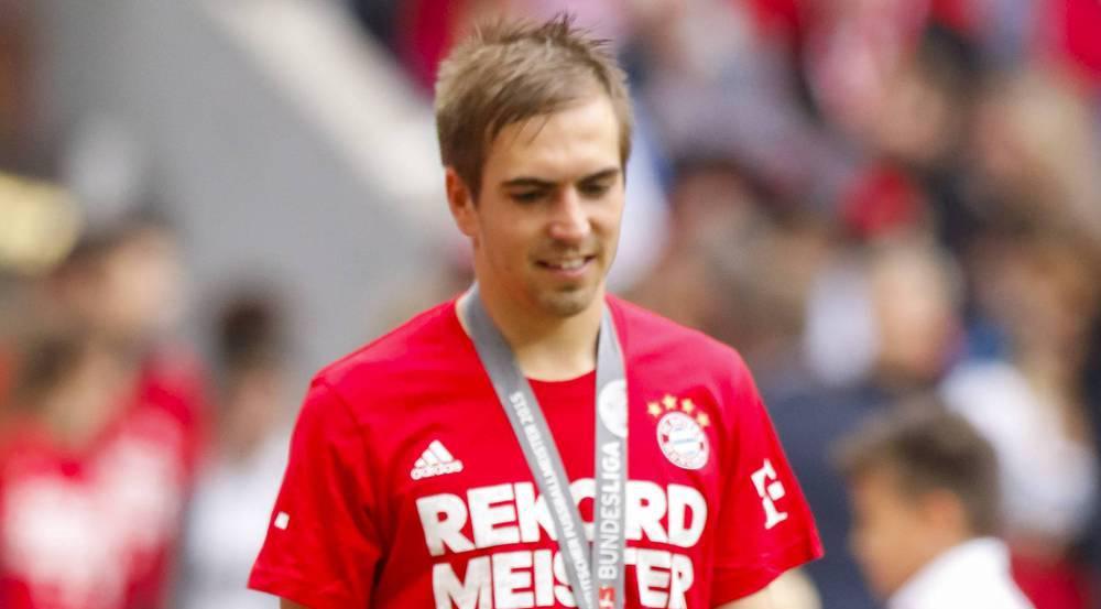 Bald wird es im Hause Lahm eine weitere Nachwuchshoffnung für den deutschen Fußball geben