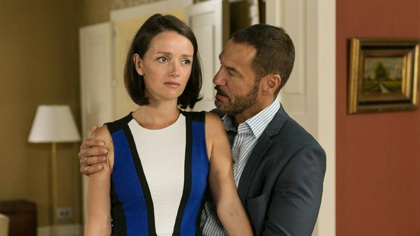 """""""Alles was zählt"""": Jenny gesteht Richard ihre Angst, das Pumpwerk und Deniz zu verlieren"""