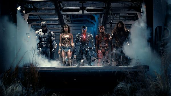"Die neu formierte ""Justice League"" macht am 16. November dem Marvel-Pendant namens ""Avengers"" Konkurrenz"