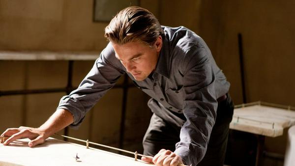 """""""Inception"""": Dom Cobb (Leonardo DiCaprio) ist ein Spezialist auf dem Gebiet des Gedanken-Diebstahls"""