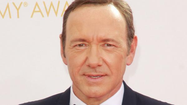 Immer mehr Menschen erheben schwere Vorwürfe gegen den zweifachen Oscar-Gewinner Kevin Spacey