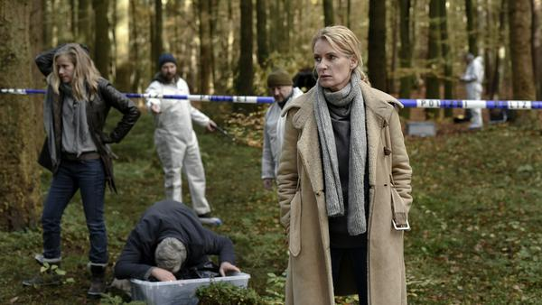 Charlotte Lindholm (Maria Furtwängler) ahnt nichts Gutes