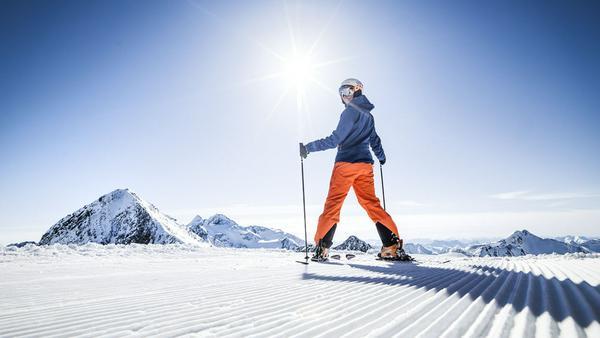 Gipfel, wohin das Auge vom Stubaier Gletscher aus reicht