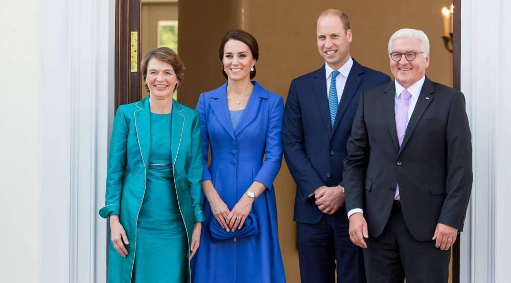 Vor dem Schloss Bellevue: First Lady Elke Büdenbender, Herzogin Kate, Prinz William und Bundespräsident Frank-Walter Steinmeier (v.l.)