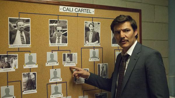 """Pedro Pascal als Javier Pena in Staffel drei von """"Narcos"""""""