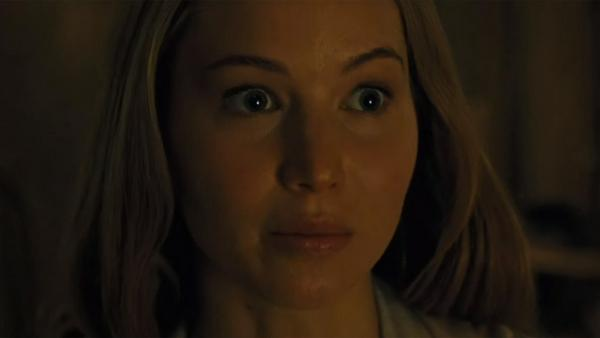 "Da macht selbst Jennifer Lawrence große Augen: In ""Mother!"" gehen seltsame Dinge um sie herum vor"