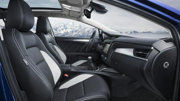 Schlichtes Innenraum-Ambiente mit einem Hauch von Luxus