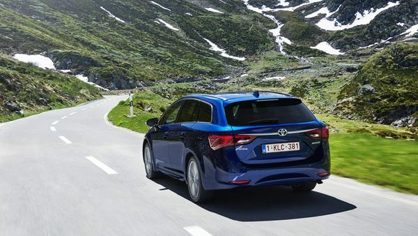 Der Diesel im Avensis Touring kommt von BMW