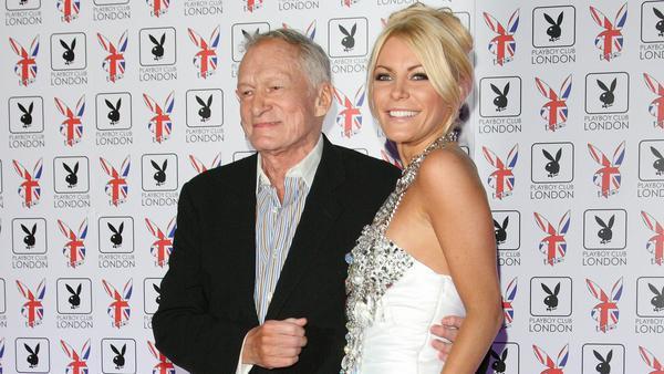 Hugh Hefner und Crystal Harris bei Eröffnung des Playboy-Clubs in London 2011