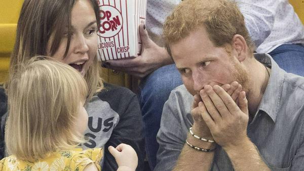 Prinz Harry: Als Babysitter ist er unschlagbar