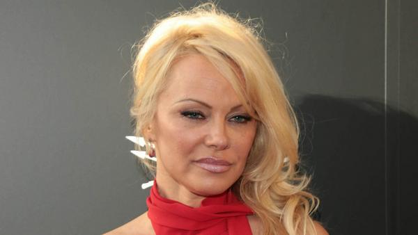 Kann nicht fassen, dass Hugh Hefner tot ist: Pamela Anderson