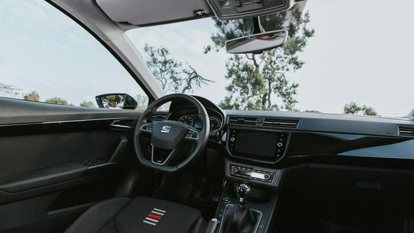 Blick ins Cockpit des kleinen Spaniers
