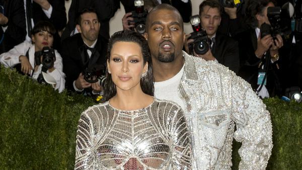 Kanye West und Kim Kardashian arbeiten weiter an ihrer Familie - nun auch offiziell