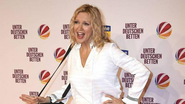"""Bei der """"Unter deutschen Betten""""-Premiere hatte Veronica Ferres richtig gute Laune"""