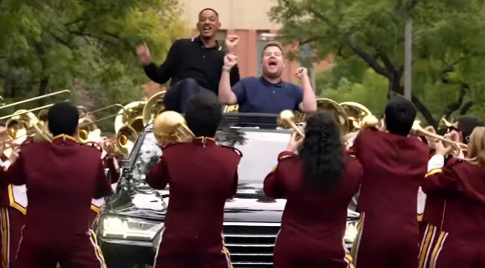 Will Smith (l.) und James Corden ließen ihre Gesangseinlage von einer Blaskapelle begleiten