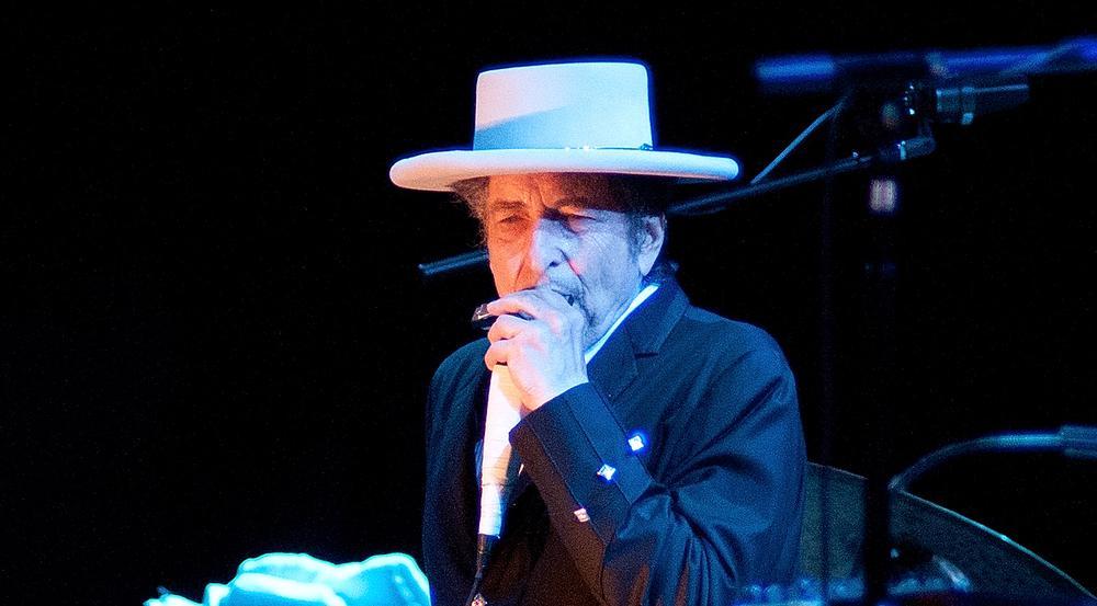Bob Dylan weiß eigentlich, wie man ohne abzukupfern ergreifende Texte verfasst.