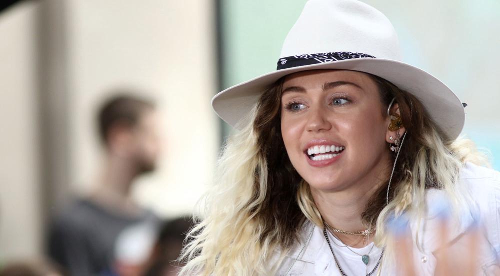 Miley Cyrus sang in der New Yorker U-Bahn