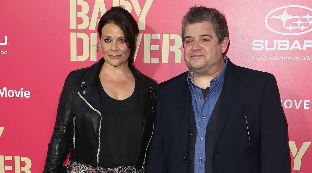 Er kann wieder lachen: Patton Oswalt mit seiner neuen Freundin Meredith Salenger bei der Premiere von