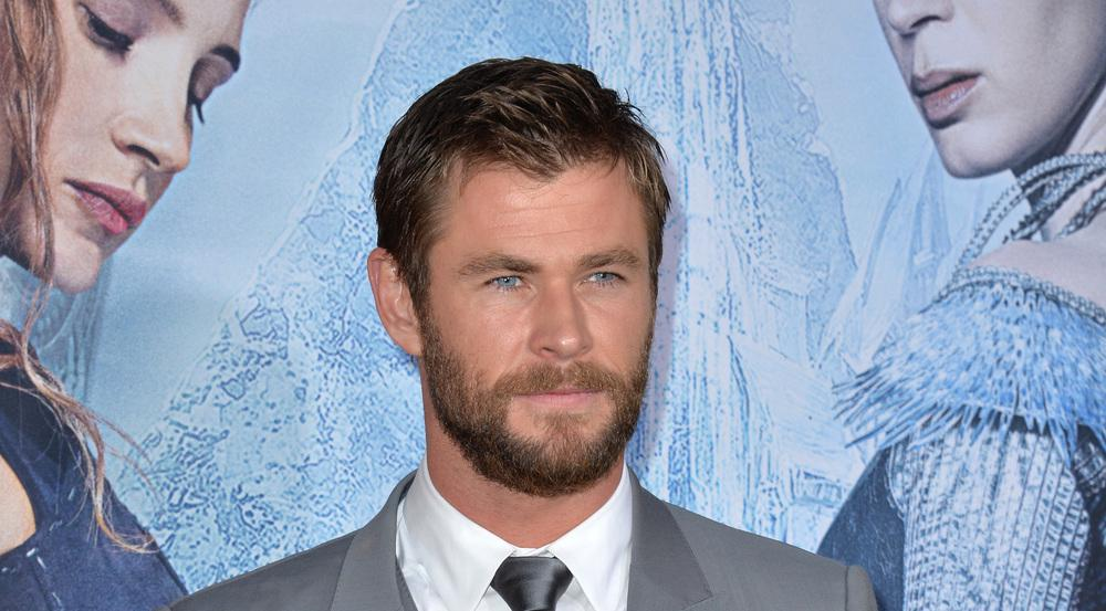Chris Hemsworth lässt seine Fans für Autogramme und Selfies zahlen