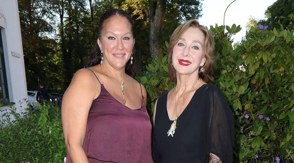 Allegra Curtis mit ihrer Mutter Christine Kaufmann im August 2016 in München