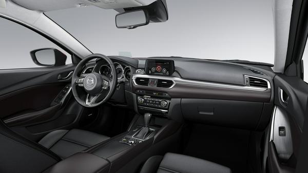 Der neu gestaltete Innenraum liegt auf Premiumniveau