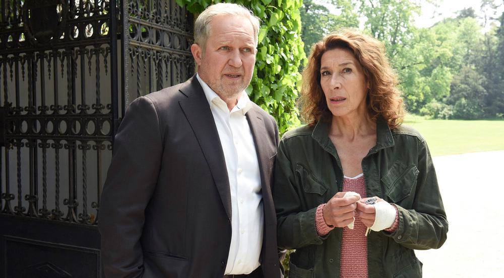 """Harald Krassnitzer und Adele Neuhauser in ihren Paraderollen im Wiener """"Tatort"""""""